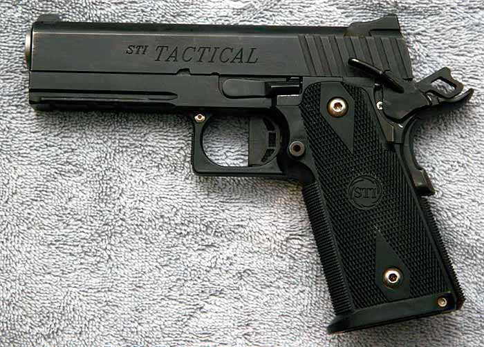 Пистолет STI Tactical